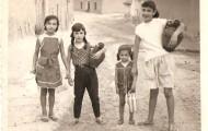 Jovenes de Mayorga posando con cántaros