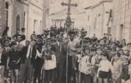 Foto de grupo en la procesión de la Semana Santa de Mayorga