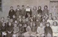 Sor Dorotea y sus alumnos