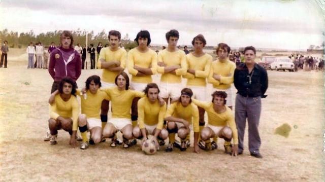 Foto de los integrantes del Racing de Mayorga en 1974