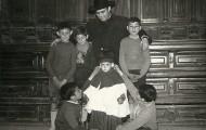 Don Juvenino con la juventud de Mayorga 1959