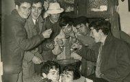 Comiendo sopas de ajo en Navidad Mayorga 1969
