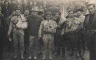 Toreros en las fiestas de Mayorga. Donato El campero vestido de luces