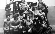 Jóvenes en las fiestas de Mayorga 1978