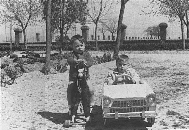 Manuel Daniel y Gabriel García Calderón en el Mirador de Mayorga 1963